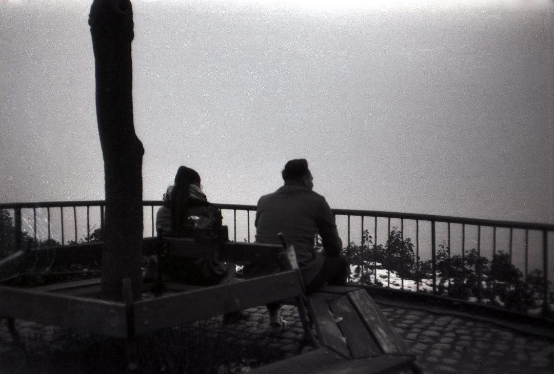 #010 Film per day – Couple over Graz in Fog, Graz Ilford FP125 120, Taken in Jan. 9th 2021