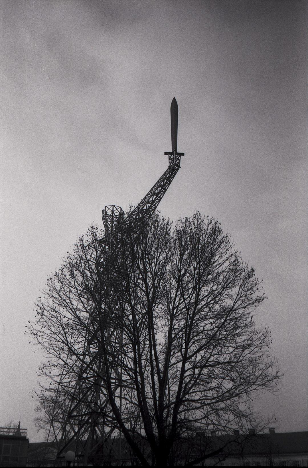 #021 Film per day – Lichtschwert – Light Sword Sculpture
