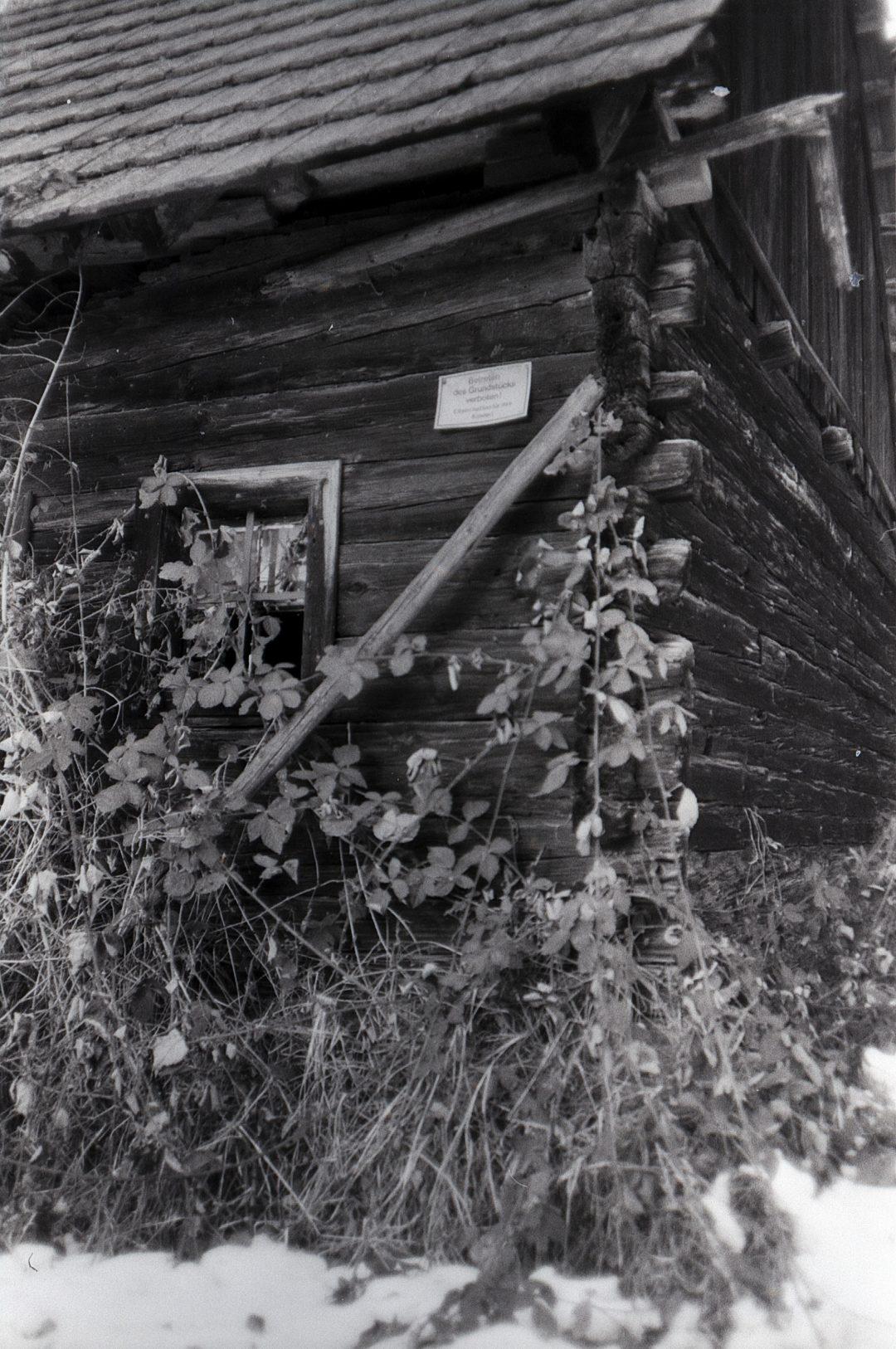 #025 Film per day - Falling apart barn #2