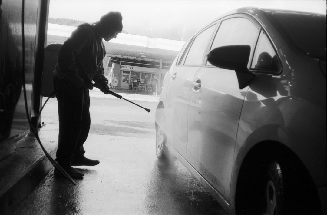 #086 Jake cleans the car